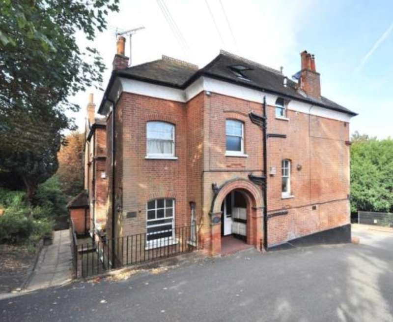 1 Bedroom Apartment Flat for sale in Morland House, Susan Wood, Chislehurst, Kent, BR7 5NG