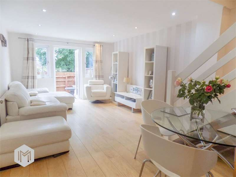 2 Bedrooms End Of Terrace House for sale in Grundy Street, Westhoughton, Bolton, Lancashire