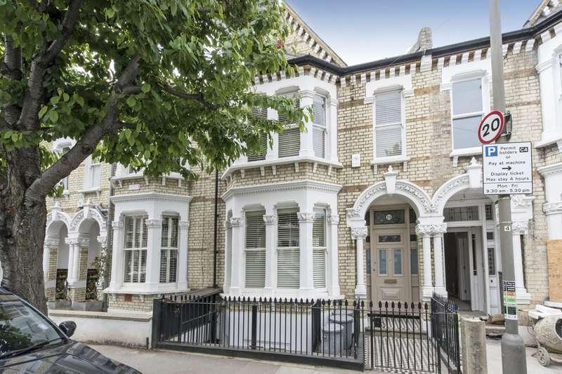 5 Bedrooms Terraced House for sale in Montholme Road, Battersea, London