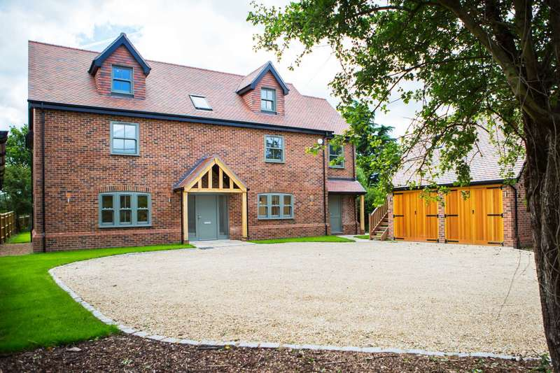 5 Bedrooms Country House Character Property for sale in Dunsden Way, Binfield Heath