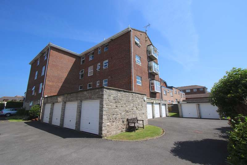 2 Bedrooms Flat for sale in ILMINSTER ROAD, SWANAGE