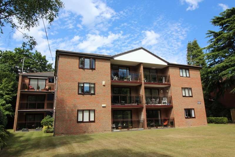 2 Bedrooms Flat for sale in Marlborough Road, Westbourne, Bournemouth