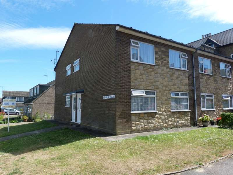2 Bedrooms Flat for sale in Belgrave Close, Ramsgate