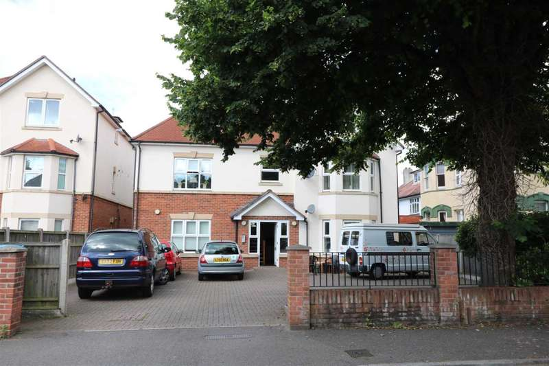 2 Bedrooms Flat for sale in Knole Road, Bournemouth