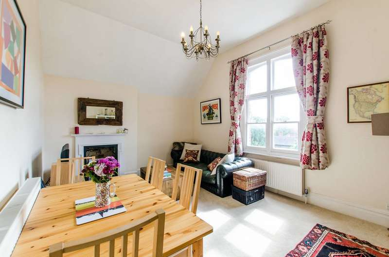 1 Bedroom Flat for sale in Abbeville Road, Clapham South, SW4