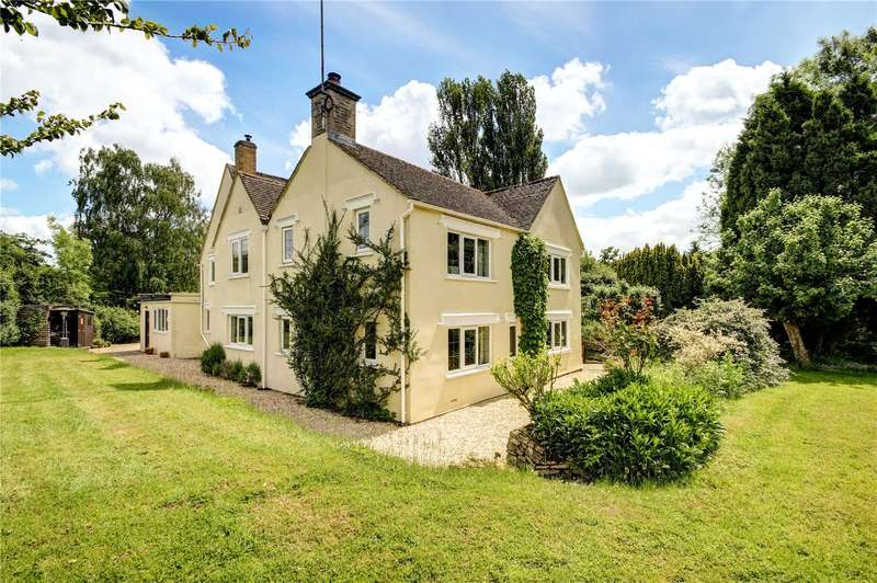 4 Bedrooms Detached House for sale in Little Somerford, Chippenham, Wiltshire, SN15