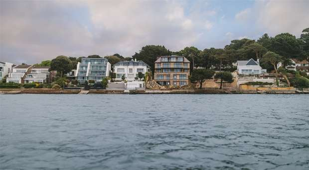 3 Bedrooms Flat for sale in The Landing 336-338 Sandbanks Road, Evening Hill, Poole, Prices range between 1,750,000 - 2,314,450