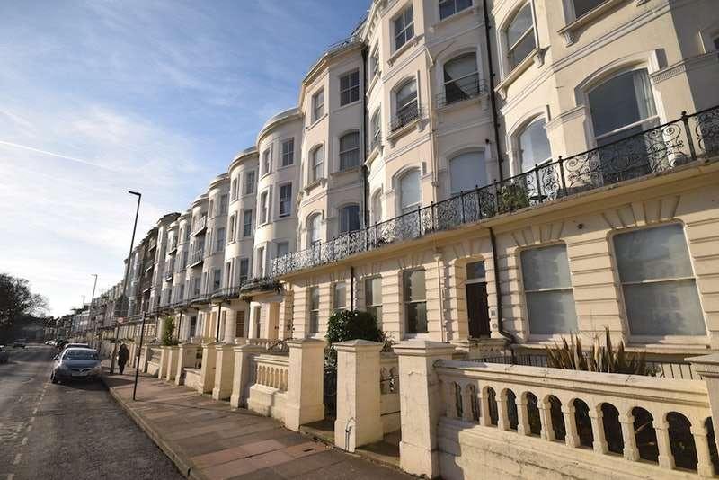 1 Bedroom Flat for sale in Vernon Terrace, Brighton, East Sussex, BN1
