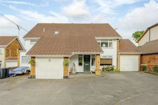 6 Bedrooms Detached House for sale in Folly Lane, Hockley, Essex