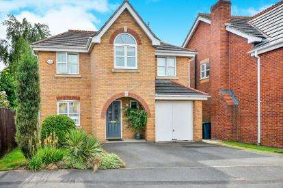 4 Bedrooms Detached House for sale in Maun Close, Sutton-In-Ashfield, Nottinghamshire, Notts