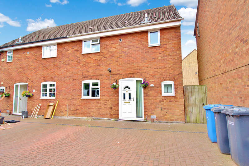 3 Bedrooms Semi Detached House for sale in Ives Road, Norwich
