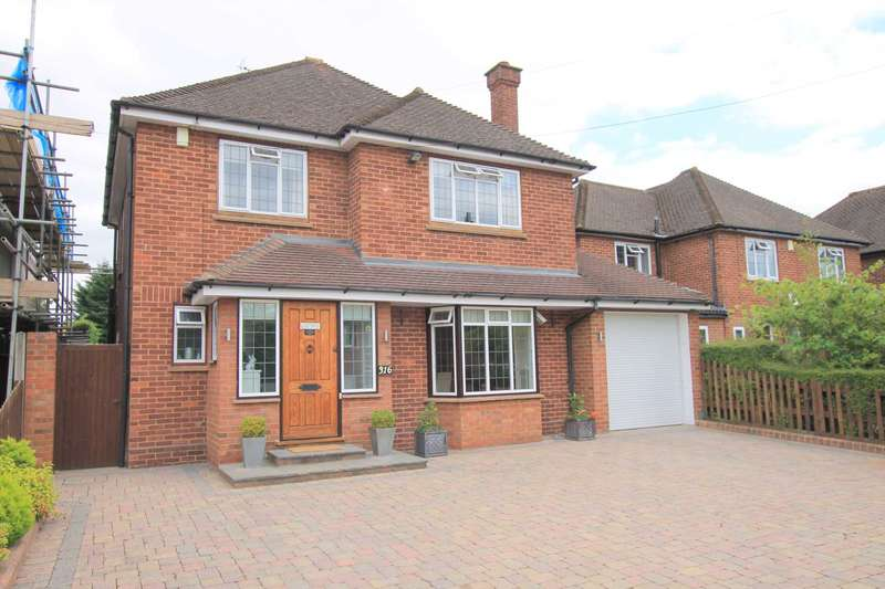 3 Bedrooms Detached House for sale in Cassiobury Drive, Watford