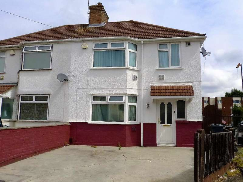 3 Bedrooms Semi Detached House for sale in Waye Avenue, Cranford, TW5 9SD