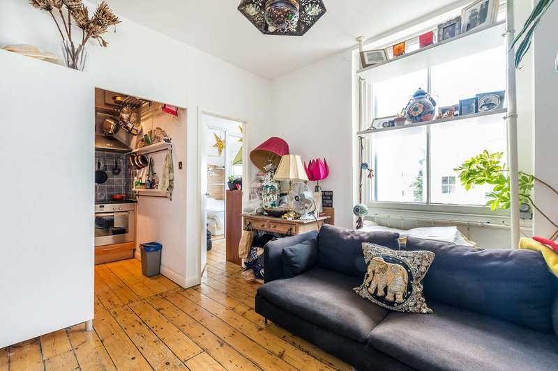 1 Bedroom Flat for sale in Colville Gardens, Notting Hill, W11