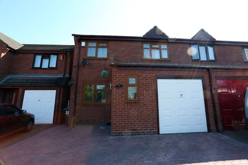 3 Bedrooms Semi Detached House for sale in Halesowen Road, Oldhill, West Midlands, B64