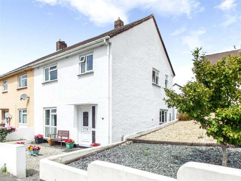 3 Bedrooms Semi Detached House for sale in Broad Park, Launceston, Cornwall