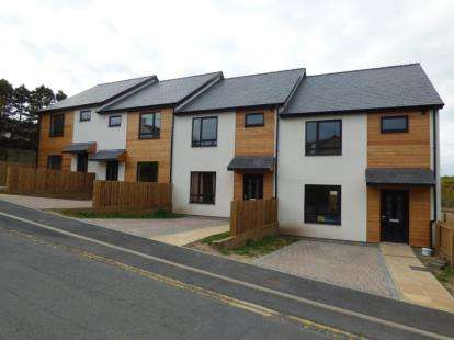 3 Bedrooms Terraced House for sale in Lon Engan, Abersoch, Gwynedd, LL53