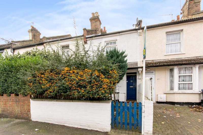 2 Bedrooms Terraced House for sale in Rucklidge Avenue, Harlesden, NW10