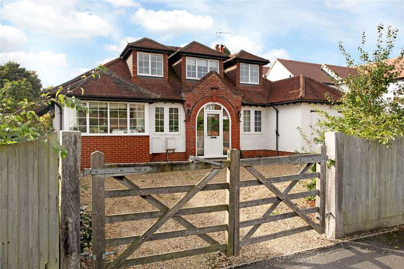 4 Bedrooms Detached House for sale in Grosvenor Road, Busbridge, Godalming, Surrey, GU7