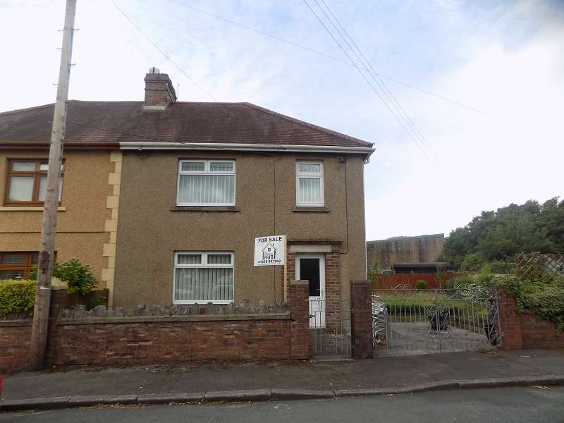 3 Bedrooms Semi Detached House for sale in Heol Undeb , Cwmavon, Port Talbot, Neath Port Talbot. SA12 9DN