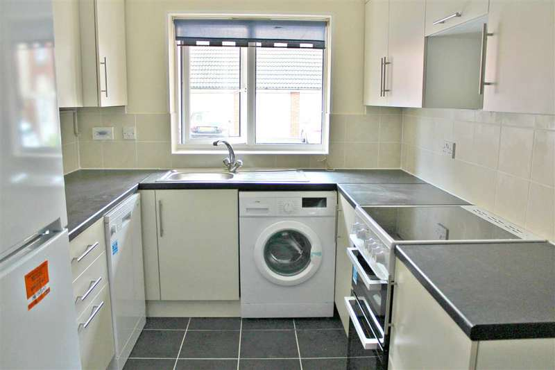 4 Bedrooms End Of Terrace House for sale in Teasel Crescent, Thamesmead