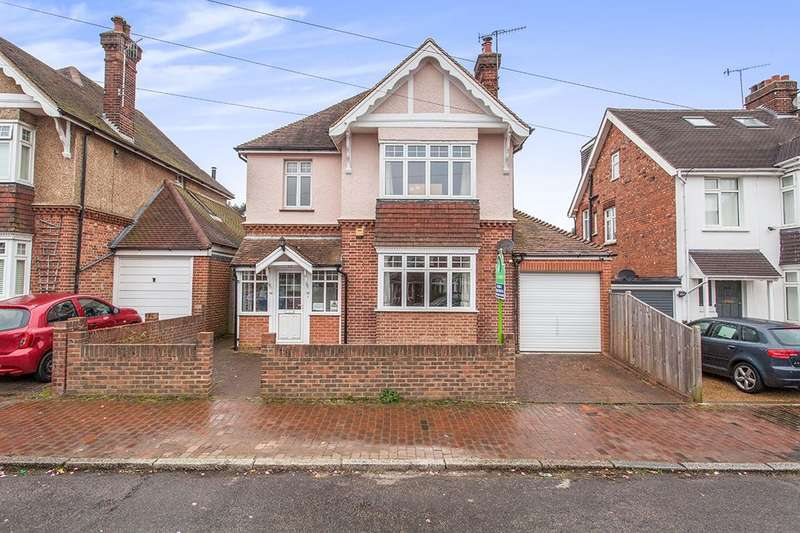 4 Bedrooms Detached House for sale in Riddlesdale Avenue, Tunbridge Wells, TN4