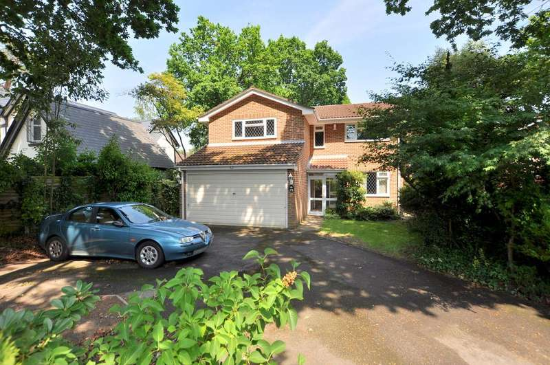 4 Bedrooms Detached House for sale in Ferndown