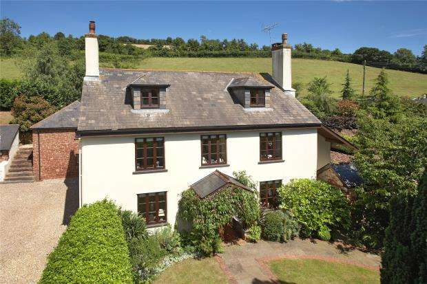 6 Bedrooms Detached House for sale in Stokeinteignhead, Newton Abbot, Devon
