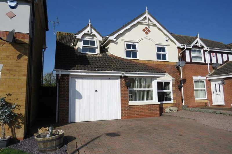 3 Bedrooms Detached House for sale in Peckover Close, Park Farm, Peterborough, PE2