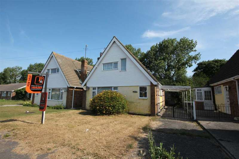 3 Bedrooms Detached House for sale in Seymour Road, Clacton-On-Sea