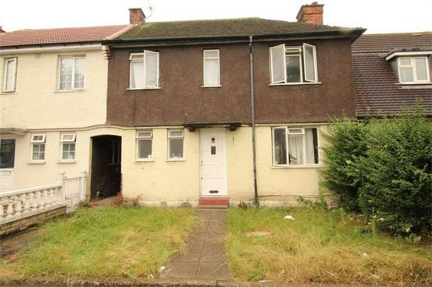 3 Bedrooms Semi Detached House for sale in Mitcham Road, Croydon, Surrey