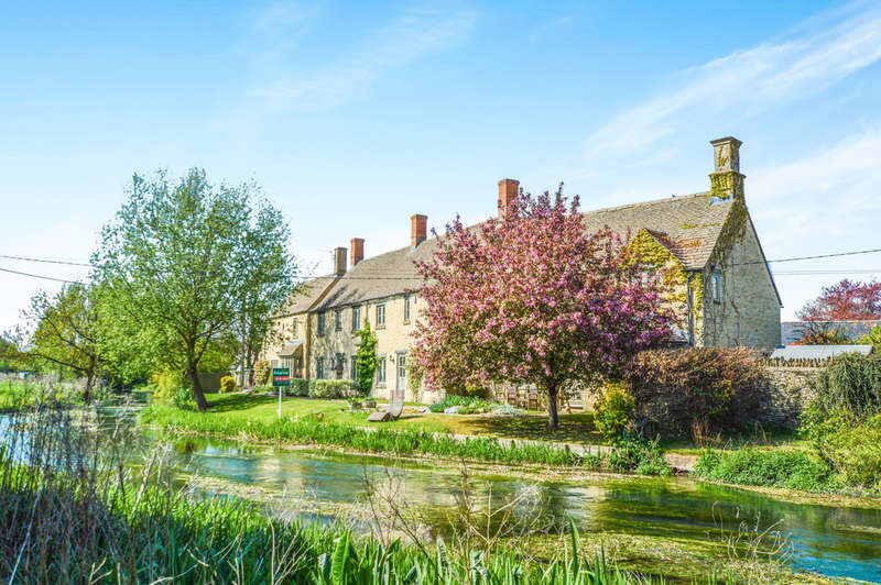 3 Bedrooms Cottage House for sale in Groves Place, Fairford