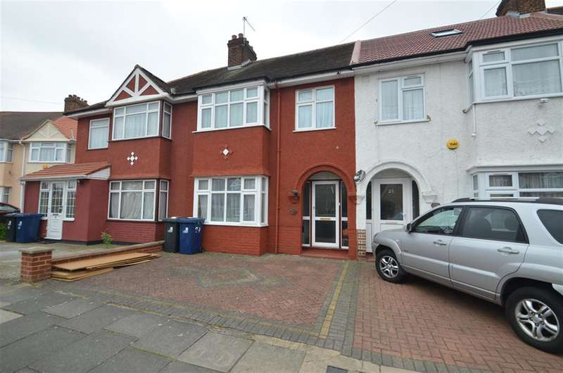 3 Bedrooms Terraced House for sale in Ribblesdale Avenue, Northolt, Middlesex, UB5 4NF