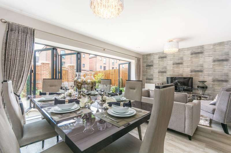 4 Bedrooms Terraced House for sale in Atherton Court, Stratford, E15