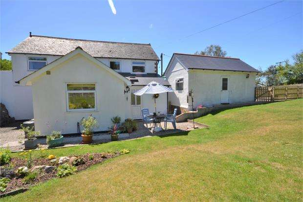 2 Bedrooms Detached House for sale in Maders, Callington, Cornwall