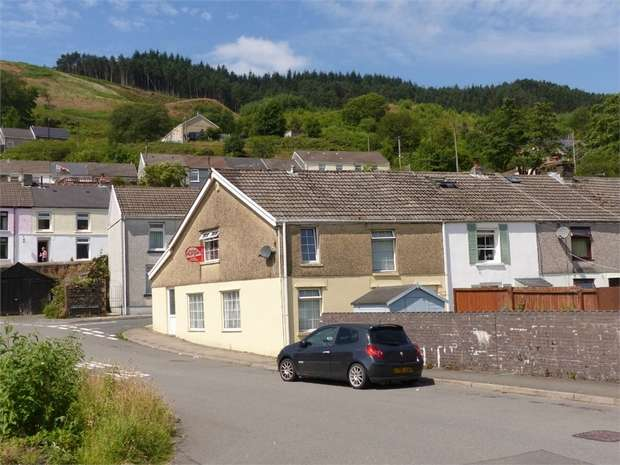 2 Bedrooms End Of Terrace House for sale in Railway Terrace, Pontycymer, Bridgend, Mid Glamorgan