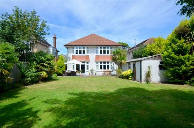 5 Bedrooms Detached House for sale in St Albans Avenue, Queens Park, Bournemouth