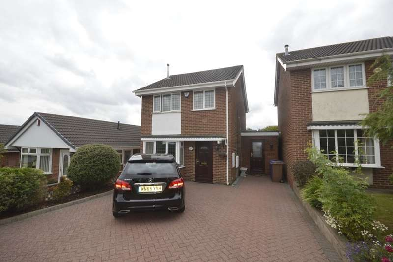 3 Bedrooms Detached House for sale in Sterndale Drive, Fenton, Stoke-On-Trent, ST4