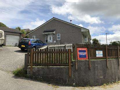 3 Bedrooms Bungalow for sale in Foxhole, St. Austell, Cornwall