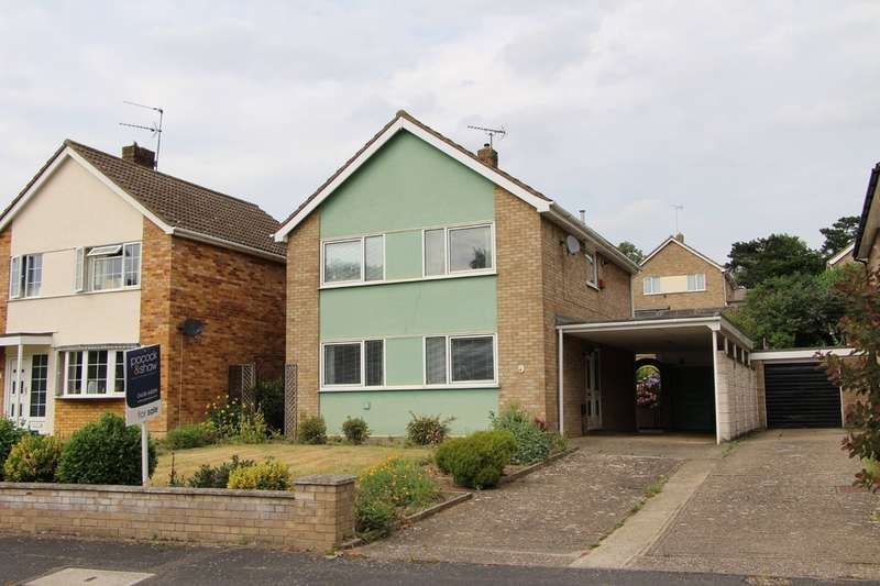 4 Bedrooms Detached House for sale in Sefton Way, Newmarket