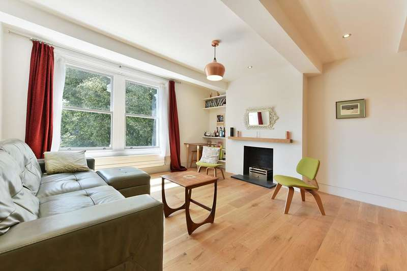 3 Bedrooms Flat for sale in Queens Drive, London N4