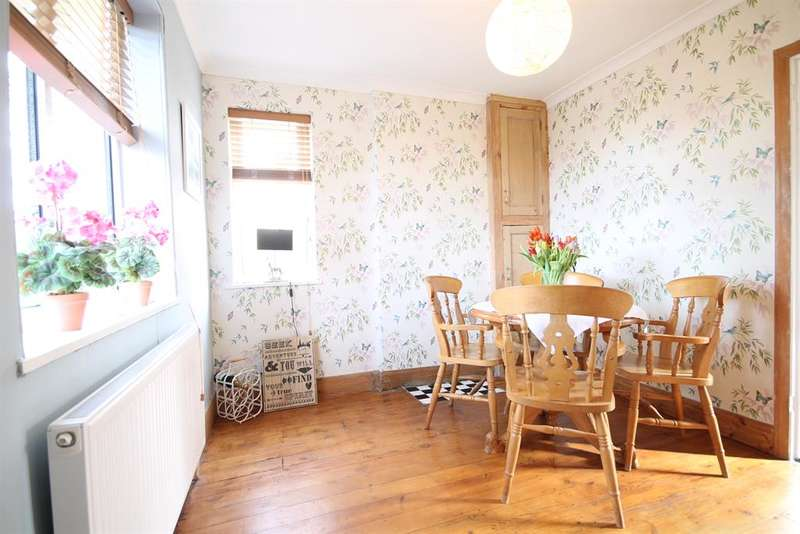 2 Bedrooms Semi Detached House for sale in Abbey Street, York, YO30 6BG