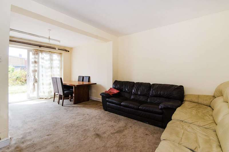 3 Bedrooms House for sale in Fraser Road, Perivale, UB6