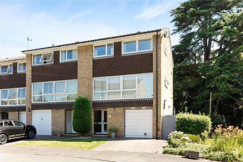 4 Bedrooms Semi Detached House for sale in Boulters Gardens, Maidenhead, Berkshire, SL6