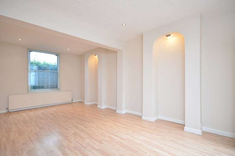 2 Bedrooms House for sale in Hogarth Terrace, Chiswick, W4