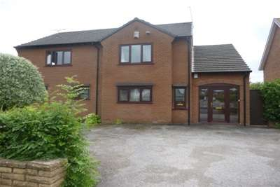 2 Bedrooms Flat for rent in Brimstage Road Heswall