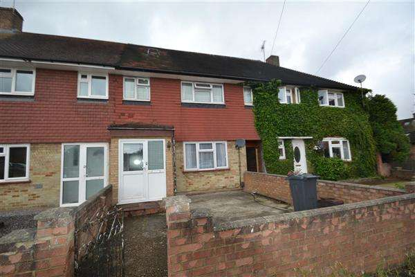 3 Bedrooms Terraced House for sale in Cygnet Avenue, Feltham