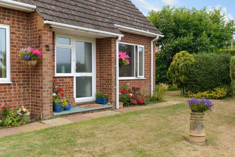 3 Bedrooms Detached Bungalow for sale in Mayton Lane, Broad Oak, Canterbury, CT2