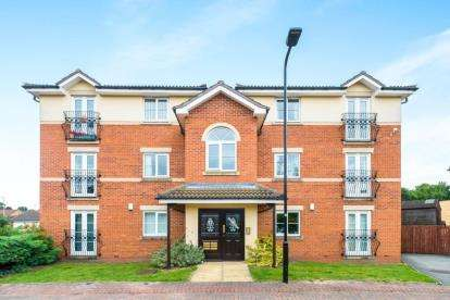 2 Bedrooms Flat for sale in Windle Court, Treeton, Rotherham, South Yorkshire