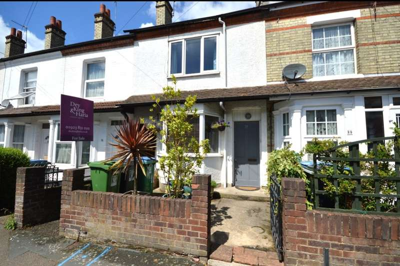 2 Bedrooms Property for sale in St. Marys Road, Watford, WD18